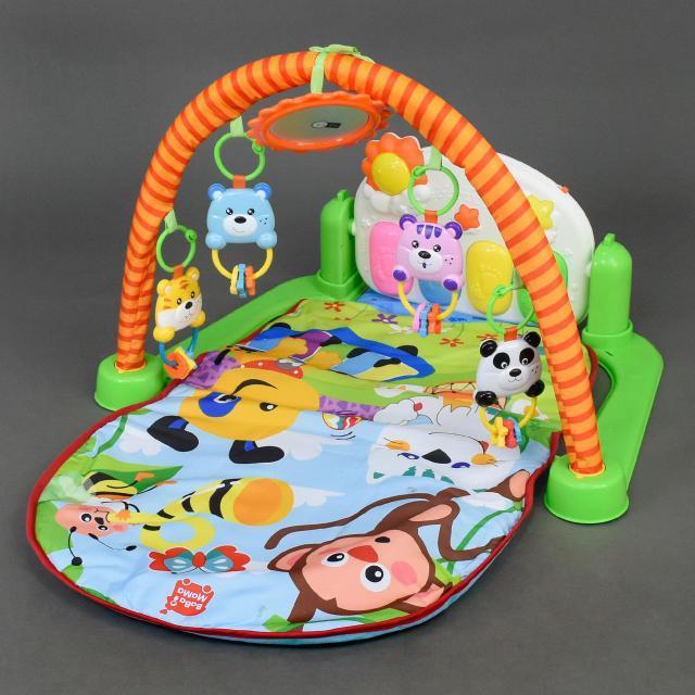 Коврик для младенца с музыкальной панелью и проектором 698-54-54А-55 (7101)