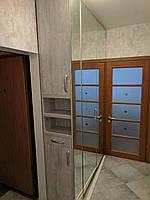 Шкаф со встроенной тумбой
