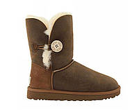 UGG Short Bailey Button Bomber Chocolate, фото 1