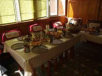 Глиняная посуда используется на Руси с давних пор и богатыми и бедными. Если вы заботитесь о здоровье, то пользуйтесь экологически чистой посудой из глины.