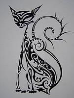 Виниловая интерьерная наклейка - Кошечка 2 (от 20х10 см)