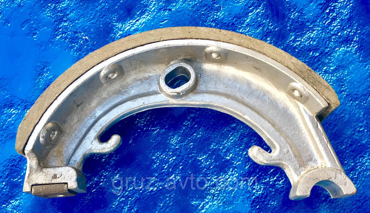 Колодка стояночного тормоза ЗИЛ-130/131. 130-3507015