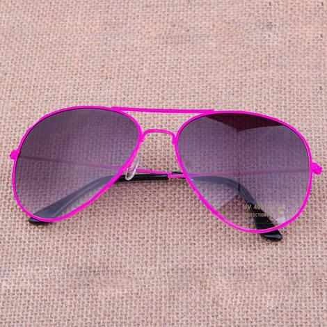 Легендарные солнцезащитные очки Aviator с фиолетовыми линзами в розовой оправе