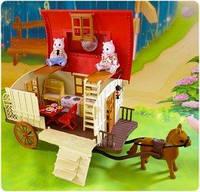 Дом на колесах Happy Family 012-05 / Трейлер с лошадкой и семейкой белочек (аналог Sylvanian Families)