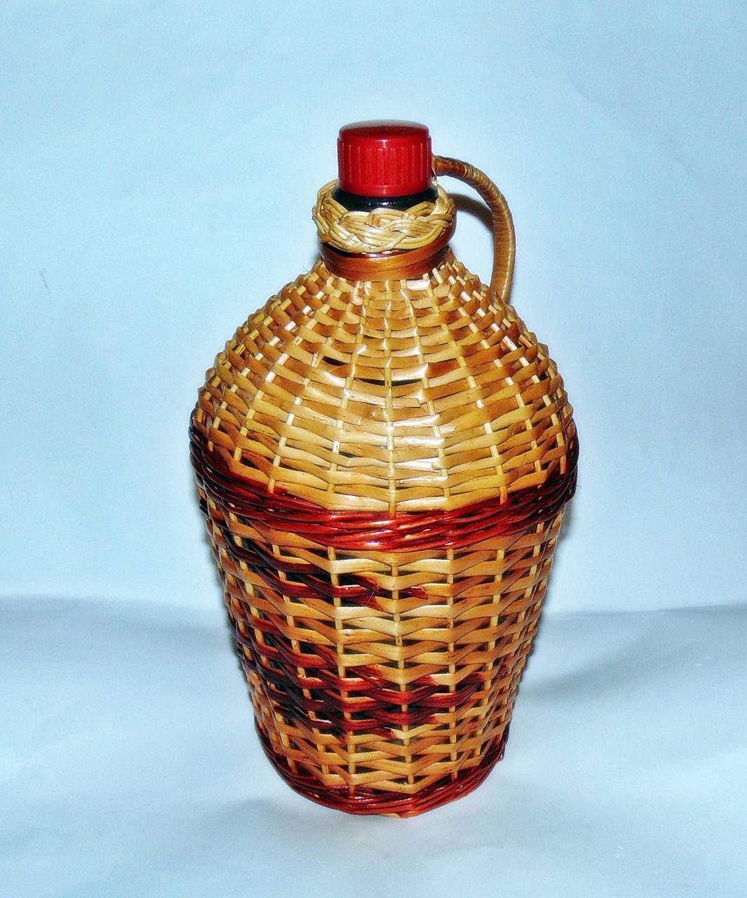 Бутылка 4,5л  «Ровоам» в лозе