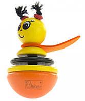 Веселая детская игрушка-неваляшка деревянная Пчелка nic NIC61551