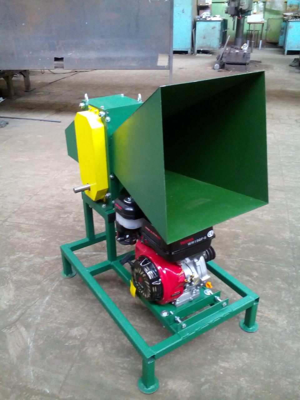 Измельчитель веток 90-Д (с бензиновым двигателем 7 л.с.)