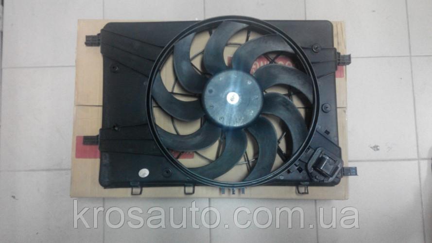 Вентилятор радіатора в зборі основної Cruze / Круз 13335182