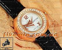 Женские наручные часы Louis Vuitton Quartz Gold White Dimond качественная копия
