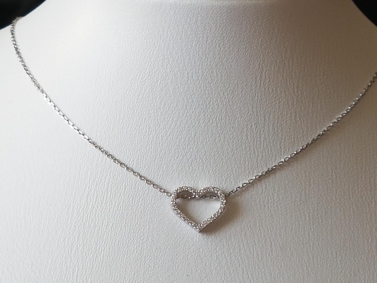 Серебряное колье Сердце с фианитами. Артикул 908-01004