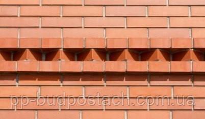 Высолы угрожают испортить лицевой кирпич на фасадах