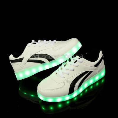 LEd кроссовки белые с черными полосками на шнурках 5121-1