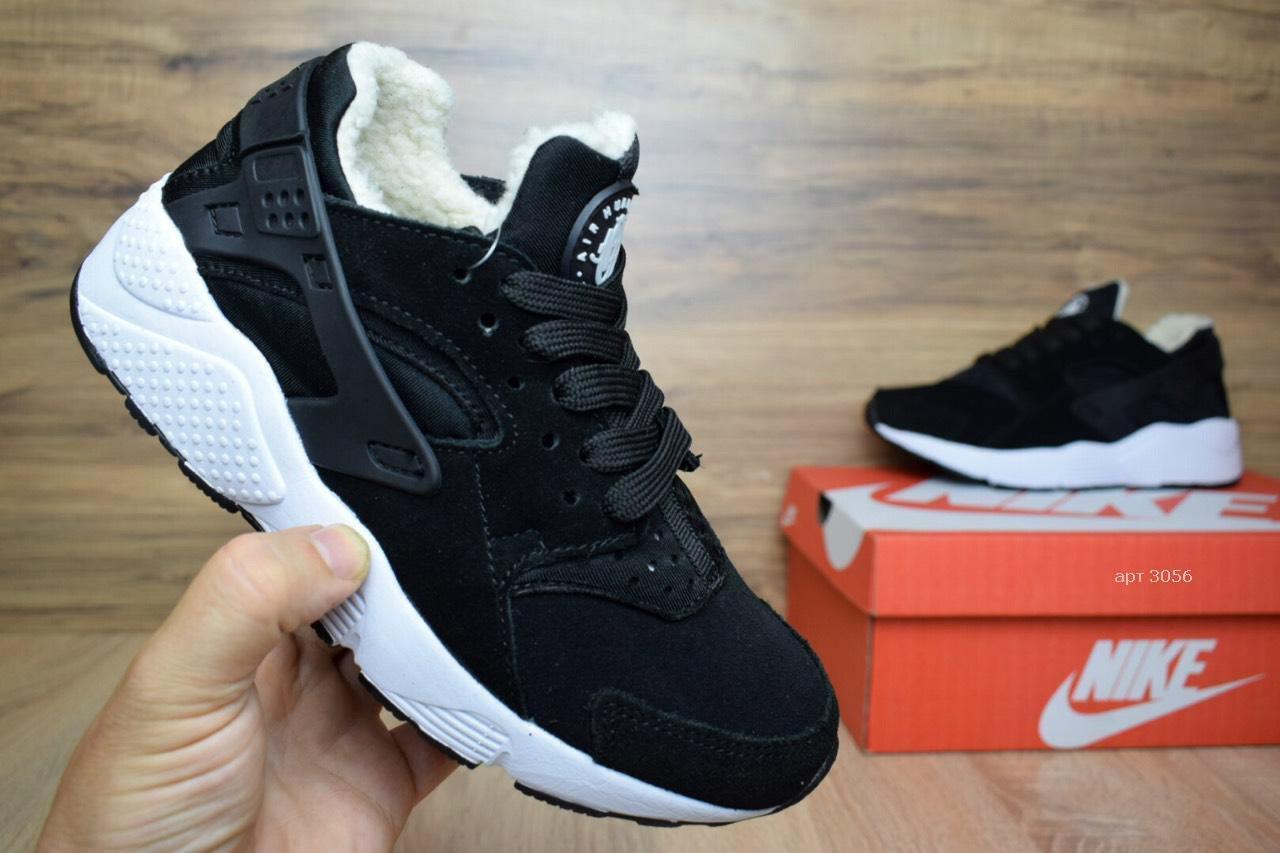 ea44b7e6 Женские зимние кроссовки в стиле Nike Huarache черные замша мех овчина -  Интернет-магазин