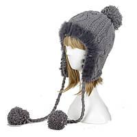 Серая вязаная шапка с косичками