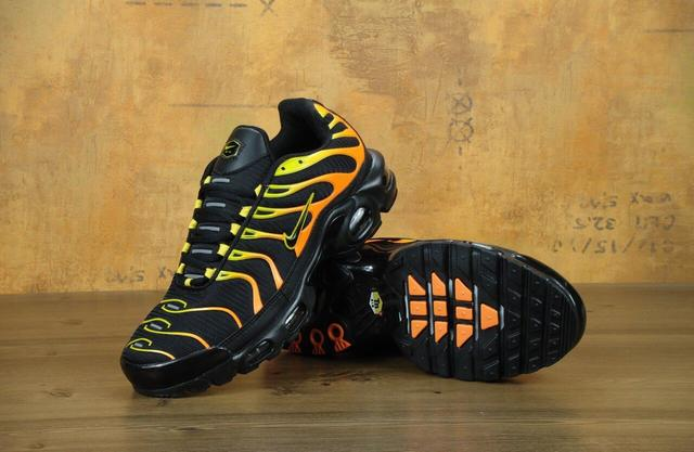 Nike Air Max TN Plus Black Orange