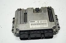 Блок управления двигателем Рено Трафик 2. 8200051608. Б.У
