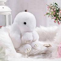 Брелок кролик Fendi на сумку белый из натурального меха