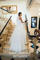 Пышное свадебное платье, ручная вишика, кружево
