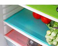 Скатерть под столовые приборы 0.3х1.5м