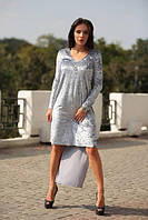 Серое коктейльное платье из мокрого велюра
