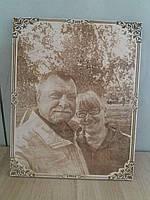 Подарок любимой девушки портрет по фотографии на дереве с лазерной гравировкой