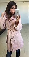 Пальто на пуговицах с накладными карманами и капюшоном