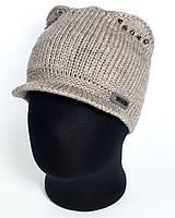 Вязаная кепка с ушками и козырьком Бим
