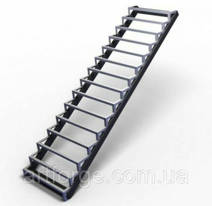 Лестница. Прямой марш лестницы под обшивку деревом