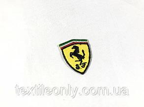Нашивка Ferrari 25x30 мм, фото 2