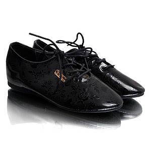 Туфли женские лак (на шнуровке) Q.T.Y.L.L XY-86