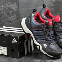Зимние мужские кроссовки Адидас на меху с красными вставками не дорого