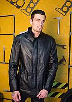 Кожаная черная куртка на молнии