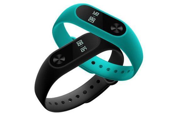 Фитнес-браслеты и часы