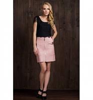 Женская стильная юбка трапеция из эко-кожи розового цвета 6074