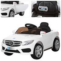 Детский электромобиль Mercedes M 2772 EBLR-1 белый, мягкие колеса и амортизаторы