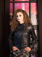 Кожаная куртка косуха в черном цвете с воротником стойкой, фото 1