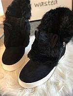 Женские зимние чёрные ботиночки Ушки натуральном замше