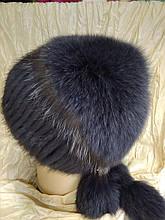 Меховая шапка из норки и песца на вязанной  основе цвет ирис