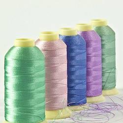 Все о швейных нитках: свойства и характеристика