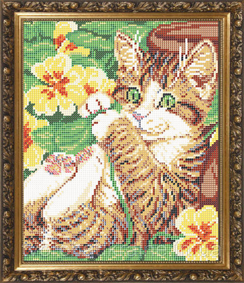 Авторская канва для вышивки бисером «Котенок в цветах»
