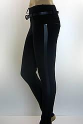 Жіночі чорні трикотажні  штани з лампасами