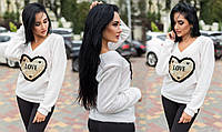 Белый модный женский свитер