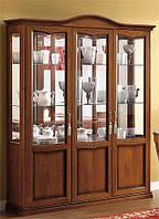 Витрина 3 дверная с подсветкой NOSTALGIA - классика Camelgroup