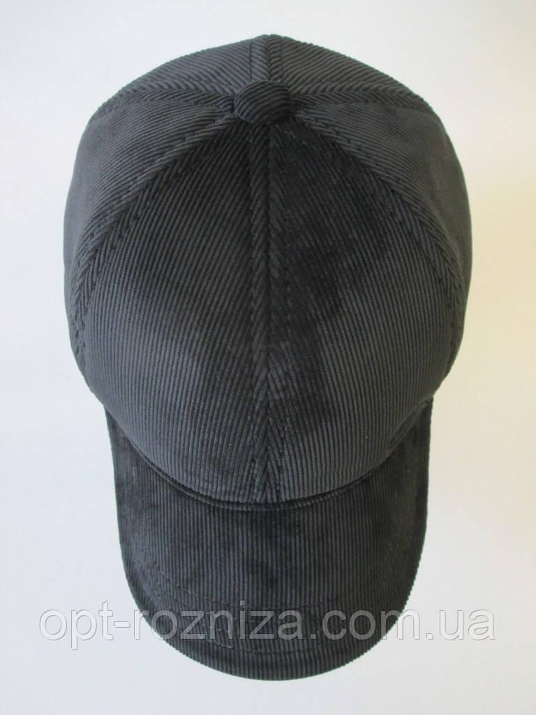 Утепленные кепки из вельвета.