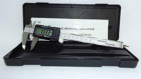 Штангенциркуль цифровой 150 мм