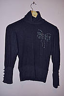 Гольф-джемпер черного цвета с украшением бант из страз