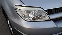 Фара Mitsubishi Outlander 2004-2006 рестайлинг, линза