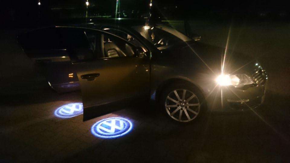 Подсветка дверей с логотипом авто Volkswagen VW Passat B5 B5.5/Phaeton/Touareg. Подсветка в двери
