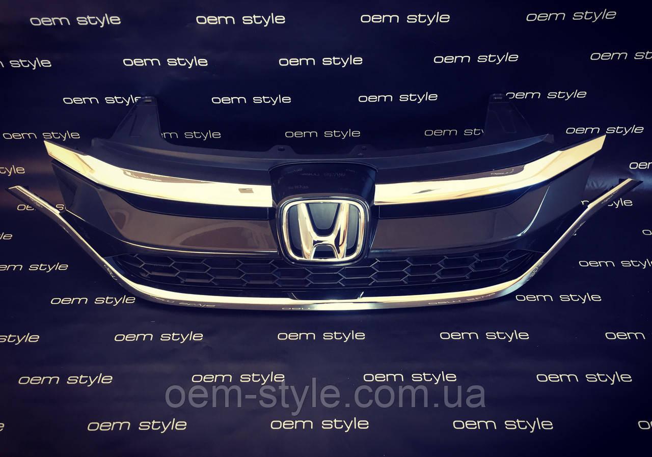 Решетка радиатора Honda CR-V RM рестайлинг