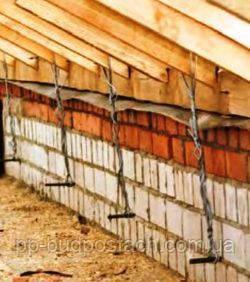 Крепление стропил крыши частного дома к каменной стене